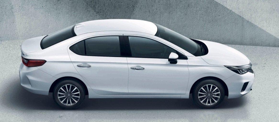 Honda city outsells the Hyundai Verna and the MS Ciaz
